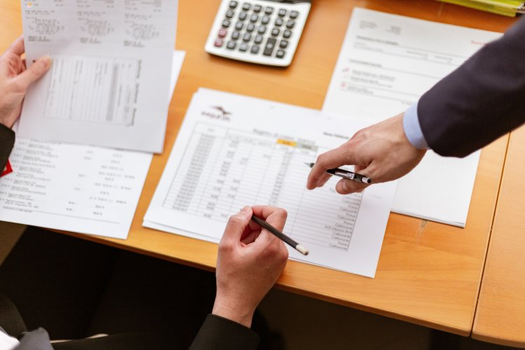 What Are the Various Types of Invoices? - Small Business Invoicing Guide